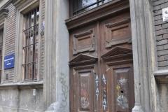 drzwi1